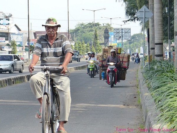 Man without burden in Central Java, Indonesia