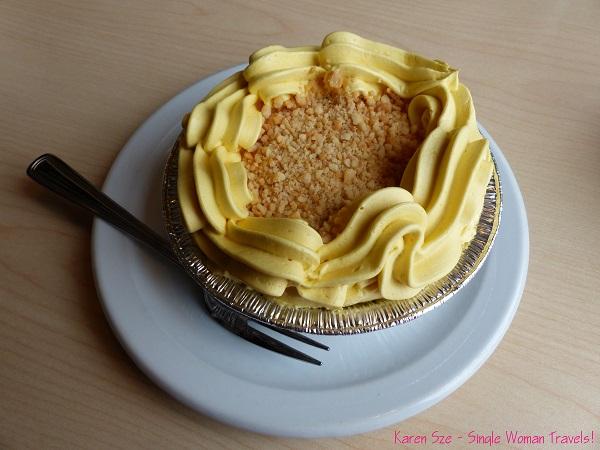 San Rival cake - Mango flavor