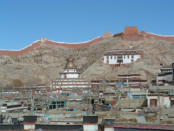 View of Gyantse Dzong in Tibet