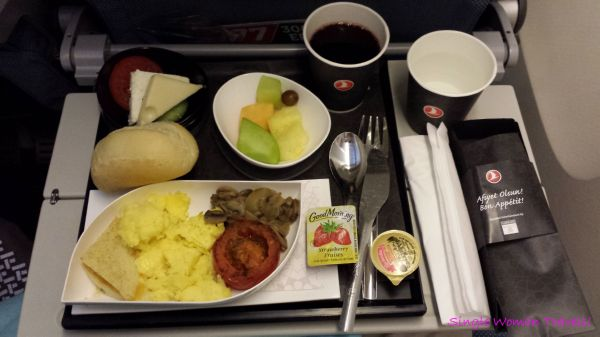 Breakfast offered by Turkish airlines